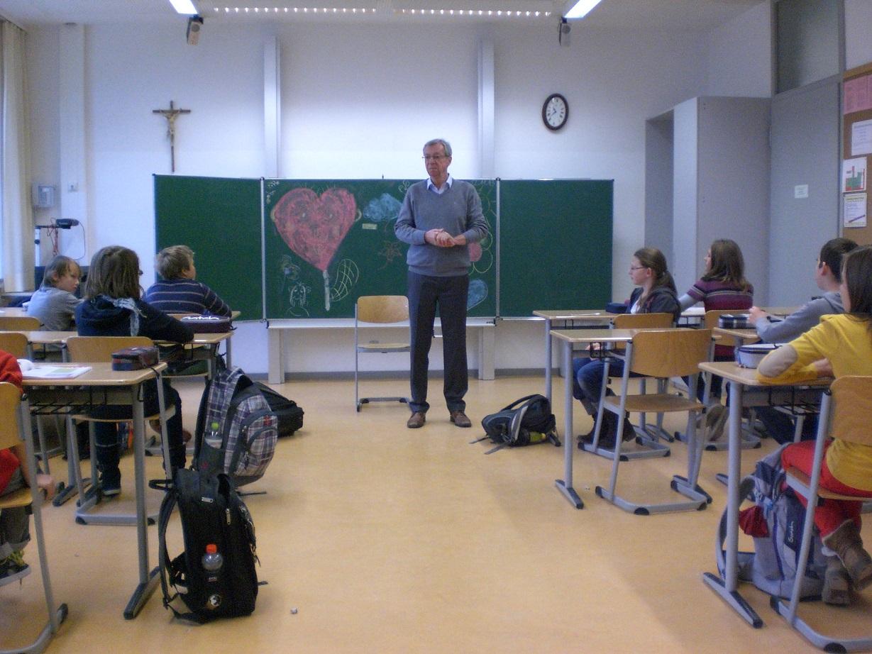 Theresia Gerhardinger Realschule München schule und pfarrgemeinde in