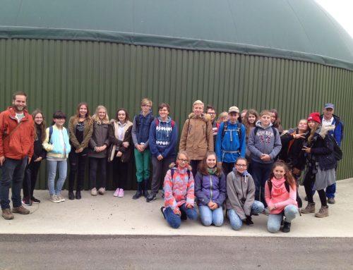 Wandertag zur Biogasanlage 8a
