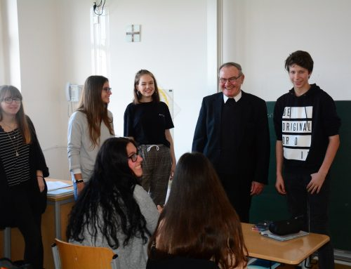 Besuch des Weihbischofs